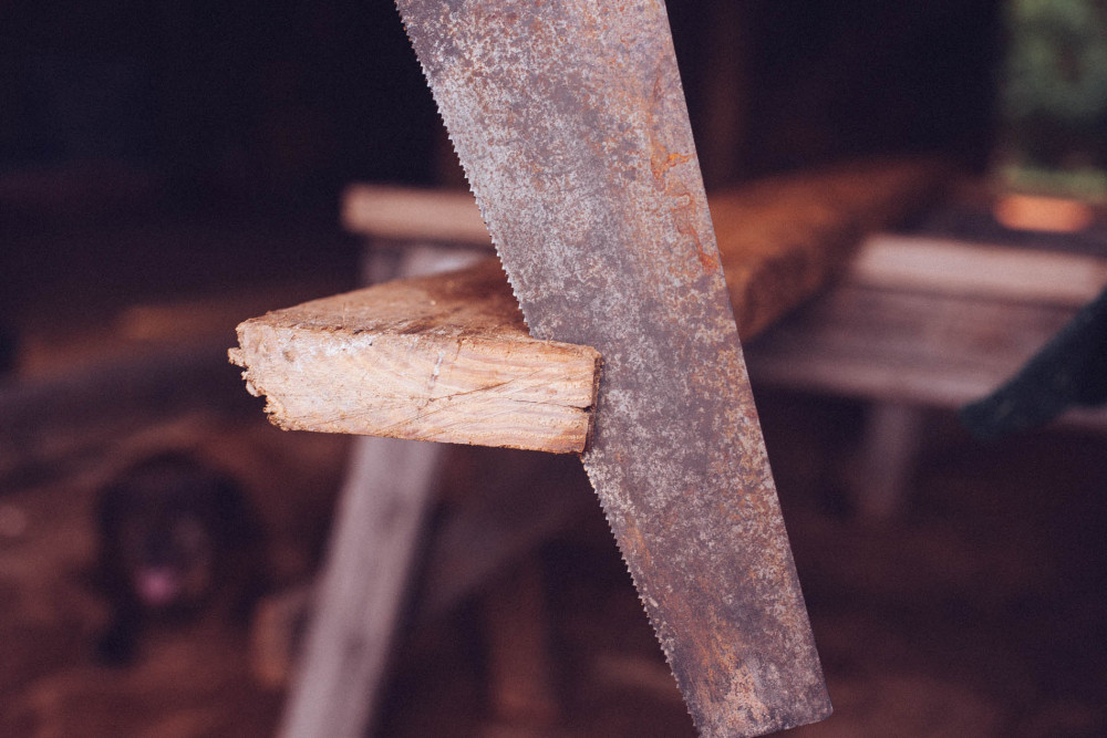 reclaimed-wood-furniture-farm-table-sons-of-sawdust-12-1000x667